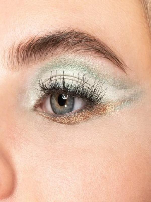 زیرساز سایه چشم میکاپ فکتوری